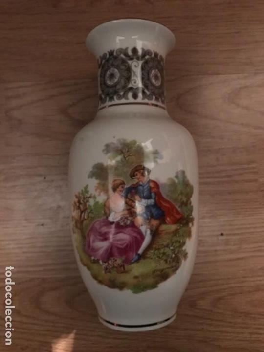 JARRON CLASICO MODERNISTA SANBO (Antigüedades - Porcelanas y Cerámicas - Otras)