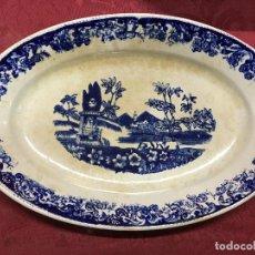 Antigüedades: BANDEJA AZUL CERAMICA FABRICA DE ÁLVAREZ VIGO - SARGADELOS AÑOS 30 - MEDIDA 32,5 CM -. Lote 109014243