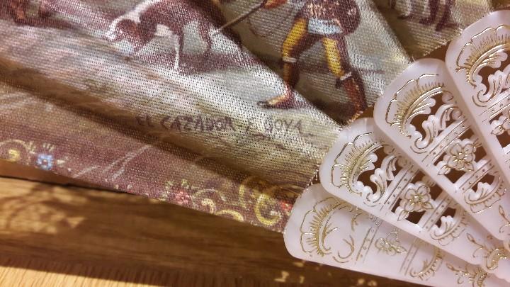 Antigüedades: BONITO ABANICO CON ESCENAS DE GOYA / PERFECTO ESTADO / VARILLAS BLANCAS Y DORADAS. VENTIMILLA. - Foto 9 - 109030211