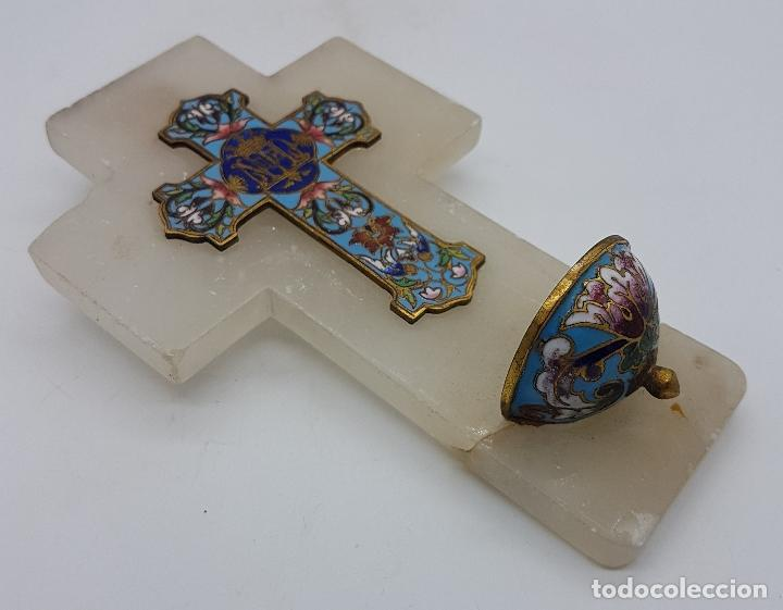 Antigüedades: Benditera antigua modernista en marmol blanco, bronce y bellas aplicaciónes en cloisonne, F.S.XIX . - Foto 4 - 109041479