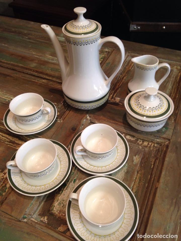 JUEGO CAFE ROYAL CHINA VIGO (Antigüedades - Porcelanas y Cerámicas - Otras)
