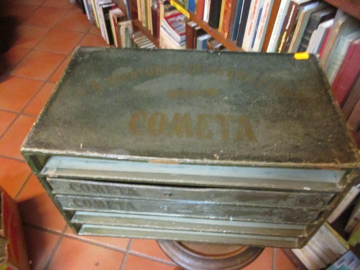 Antigüedades: ANTIGUO EXPOSITOR DE HILOS HILATURAS DE FABRA Y COATS - COMETA 39*22*24cm + info - Foto 5 - 20871078