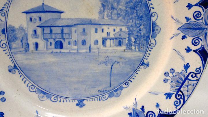 Antigüedades: ÁLVAREZ FOLGUERAS,. MANUFACTURAS DE CERÁMICAS ARTÍSTICAS DE OVIEDO. IMPORTANTE PLATO FIRMADO. - Foto 5 - 109195511