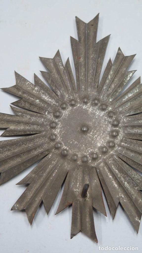 Antigüedades: ANTIGUA CORONA PARA IMAGEN. SIGLO XIX - Foto 2 - 109209955