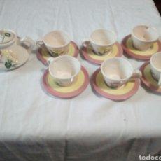 Antigüedades: BONITO JUEGO DE CAFE DE CERÁMICA 13-PIEZAS. Lote 109254630