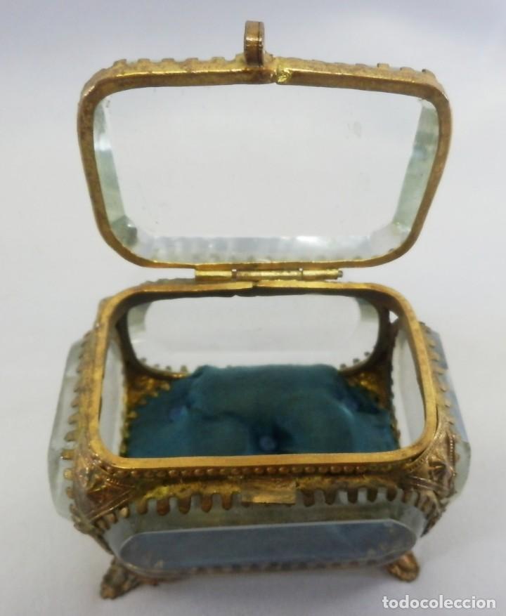 Antigüedades: Joyero, Coffret à Bijoux cristal de roca biselado, y ormulú oro molido. S XIX , Napoleón III - Foto 6 - 109276971