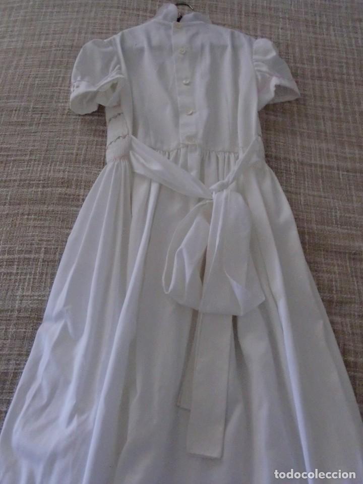 Antigüedades: Antiguo vestido comunión de rayón con bordados de guipu - Foto 3 - 109355051