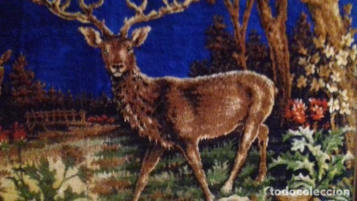 Antigüedades: Tapiz de ciervos años 70 - Foto 3 - 109366959