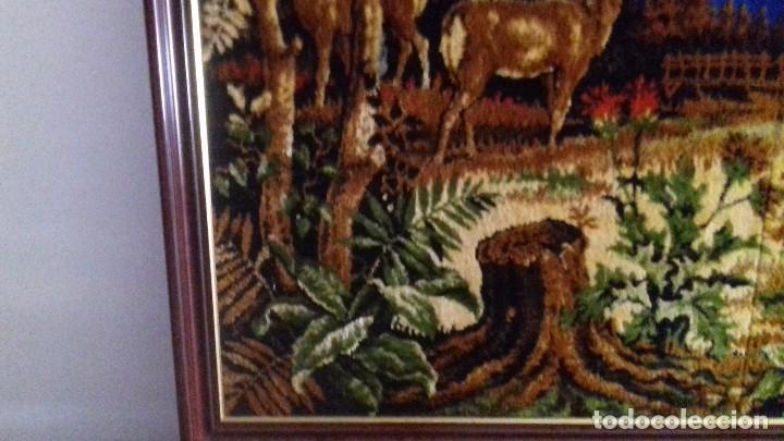 Antigüedades: Tapiz de ciervos años 70 - Foto 5 - 109366959
