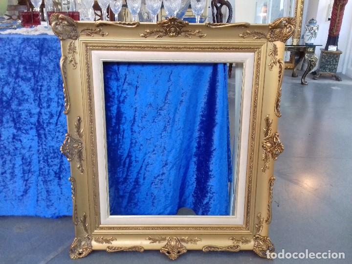 precioso marco de madera pintado en color oro - Comprar Marcos ...