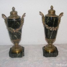 Antigüedades: PAREJA JARRONES DE BRONCE Y MARMOL. Lote 109394519