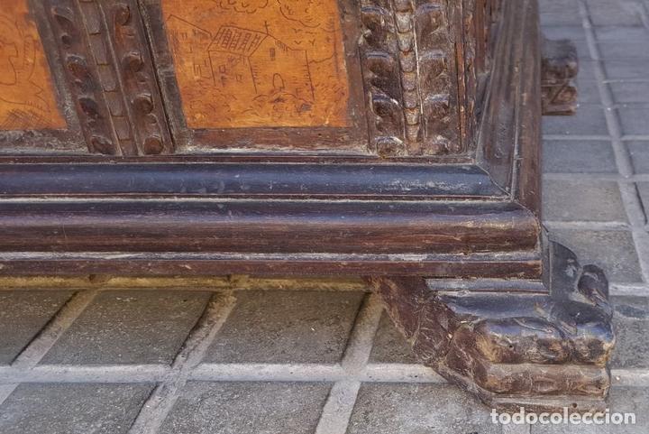 Antigüedades: ARCÓN DE NOVIA. NOGAL CON INCRUSTACIONES DE BOJ. ESTILO BARROCO. ESPAÑA. XVIII-XIX. - Foto 25 - 109440755