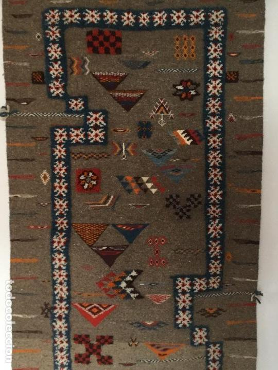 Antigüedades: Antiguo Tapiz de lana beréber - Foto 2 - 109451635