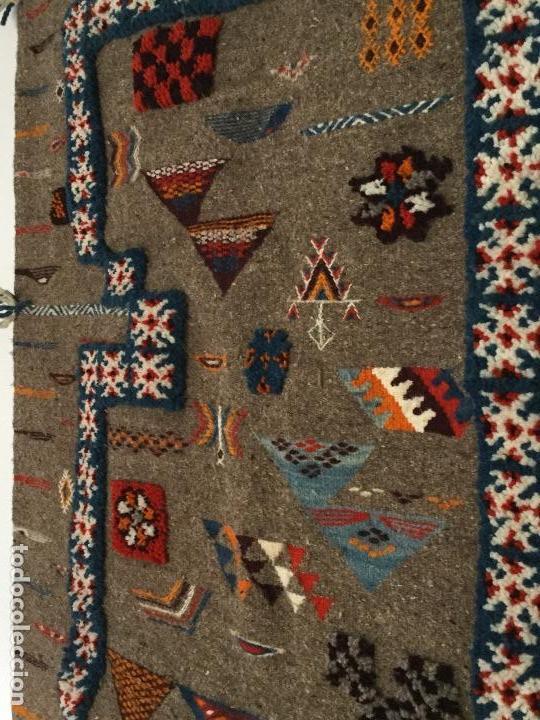 Antigüedades: Antiguo Tapiz de lana beréber - Foto 4 - 109451635
