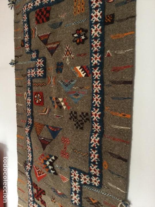 Antigüedades: Antiguo Tapiz de lana beréber - Foto 5 - 109451635