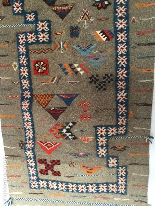 Antigüedades: Antiguo Tapiz de lana beréber - Foto 6 - 109451635