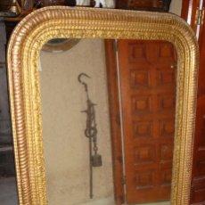 Antigüedades: PRECIOSO ESPEJO DORADO. S.XVIII. MADERA, ESTUCO Y PAN DE ORO.. Lote 109496899
