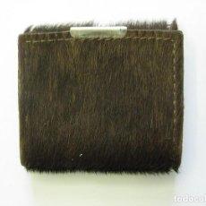 Antigüedades: BILLETERO, PORTA DOCUMENTOS PIEL CABRA 6 X 6 CMS. Lote 109523979