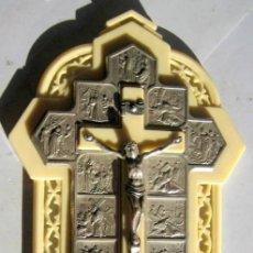 Antigüedades: CCRUZ CON VIACRUCIS- 15 X 9 CM. Lote 109534051