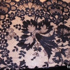 Antigüedades: ANTIGUA MANTILLA NEGRA , 210X100 CM. BUEN ESTADO . . Lote 109543827