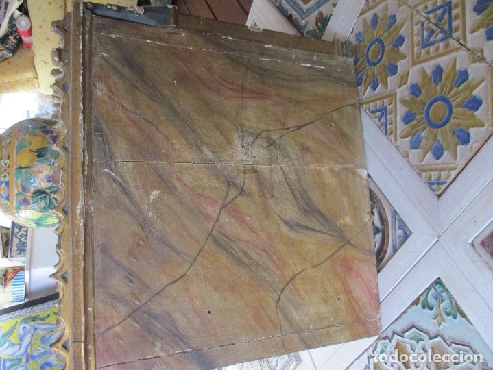 Antigüedades: Sagrario de madera tallada y pan de oro - Foto 9 - 109592663