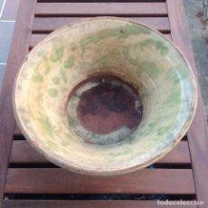 Antigüedades: ANTIGUO CUENCO - LEBRILLO - CERAMICA POPULAR DE LA BISBAL. Lote 109754643