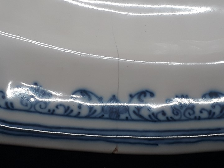 Antigüedades: FUENTE, BANDEJA, CERÁMICA. ALCORA O MOUSTIERS. SIGLO XVIII. - Foto 6 - 109850979