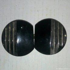 Antigua hebilla baquelita negra y plata