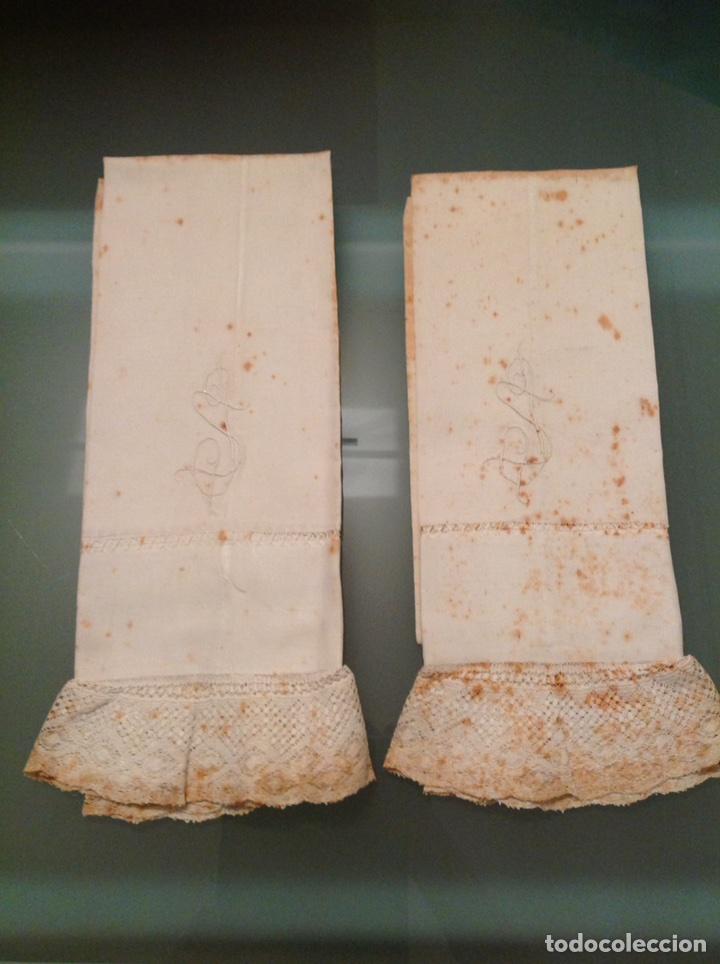 PAREJA DE FUNDAS DE ALMOHADA DE LINO CON ENCAJE (Antigüedades - Hogar y Decoración - Sábanas Antiguas)