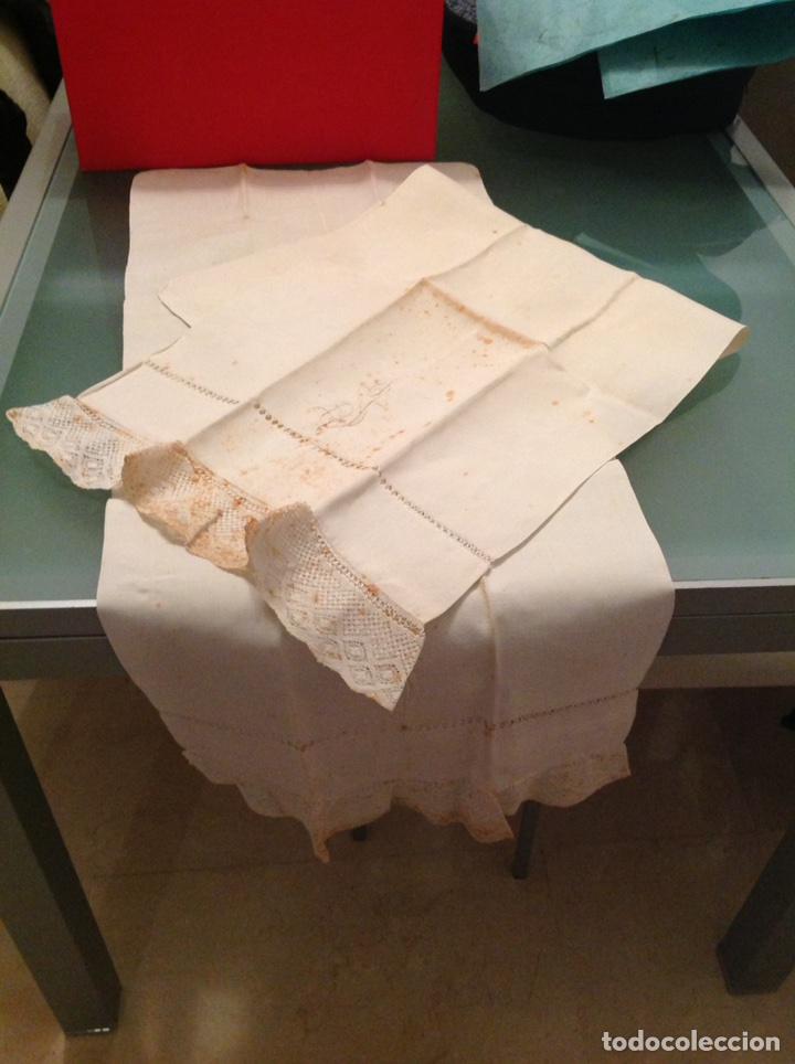 Antigüedades: Pareja de fundas de almohada de lino con encaje - Foto 3 - 110044824