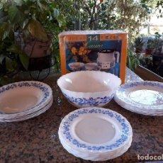 Antigüedades: PRECIOSO JUEGO DE PLATOS Y CAFE, MARCA ARCOPAL, A ESTRENAR. Lote 110065663