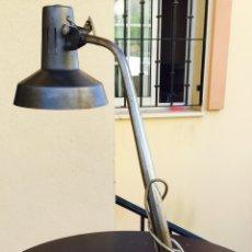 Antigüedades: BONITA LAMPARA TIPO FASE AÑOS 70. Lote 110091264