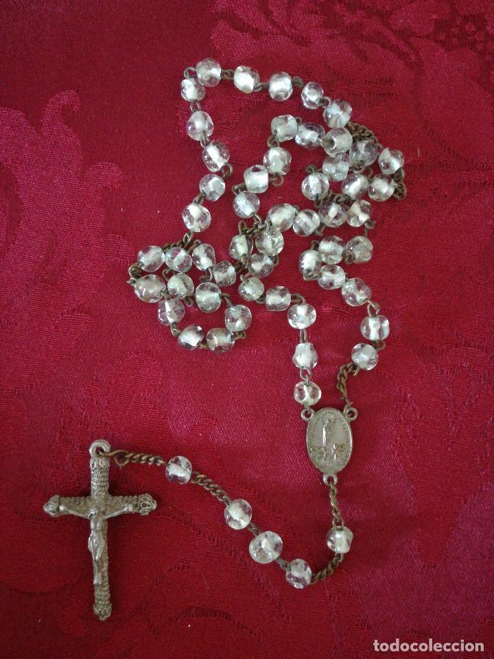 ROSARIO DE CRISTAL AÑOS 50 (Antigüedades - Religiosas - Rosarios Antiguos)
