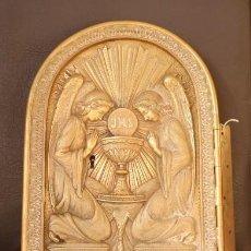 Antigüedades: PUERTA DE SAGRARIO DE BRONCE SIGLO XIX.BRONCE DOOR OF A SANCTUARY. Lote 110184491