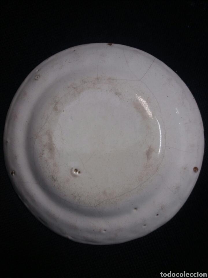 Antigüedades: Plato de ceramica de Alcora - Foto 3 - 28560452