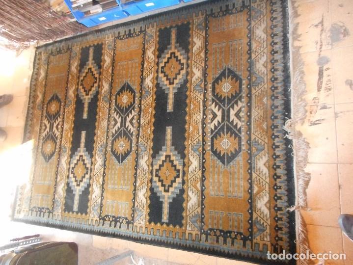 Antigüedades: alfombra años 20 perfecto estado mide 240 por 167 cm recogida provincia barcelona - Foto 2 - 110189323