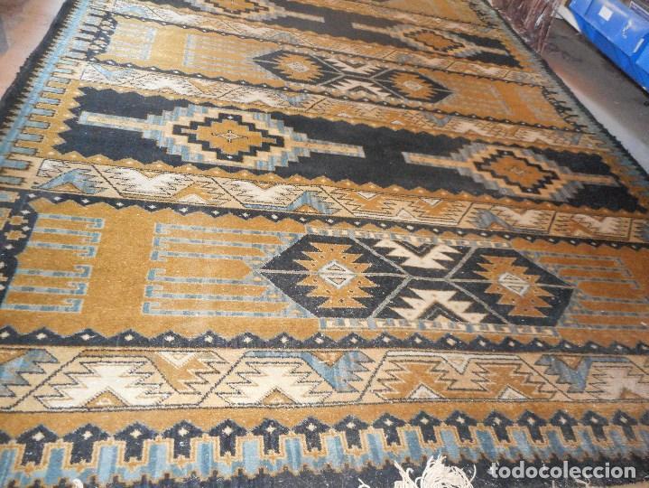 Antigüedades: alfombra años 20 perfecto estado mide 240 por 167 cm recogida provincia barcelona - Foto 3 - 110189323