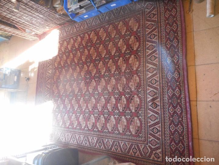 Antigüedades: gran alfombra años 20 30 mide 247 por 190 cm recogida provincia barcelona - Foto 2 - 110191303