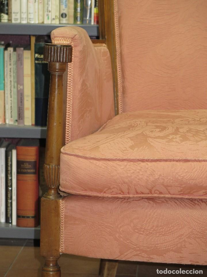 Antigüedades: ANTIGUA Y PRECIOSA BUTACA DE NOGAL. ESTILO CARLOS IV - Foto 3 - 113466462
