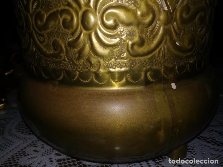 Antigüedades: Precioso caldero de latón repujado medidas 21,5x20cm miren fotos - Foto 8 - 110256747