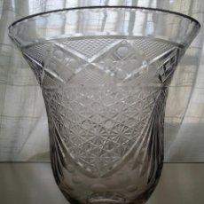 Antigüedades: JARRON DE CRISTAL TALLADO . Lote 110261259