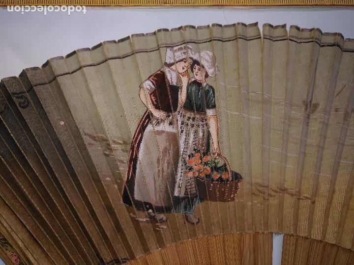 Antigüedades: MUY ANTIGUO Y PRECIOSO ABANICO MADERA CON PAIS PINTADO A MANO VER FOTOS - Foto 2 - 110304335