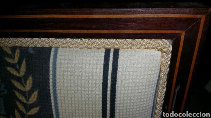 Antigüedades: Sillón estilo y época Carlos cuarto realizado en caoba y limoncillo - Foto 2 - 110372576