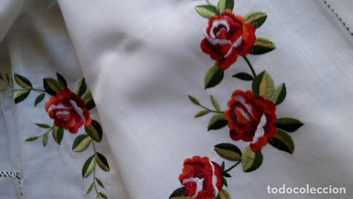 Antigüedades: Magnifica manteleria bordada.Beige claro 180 x 270 cm. 12 Servicios - Foto 11 - 212769057