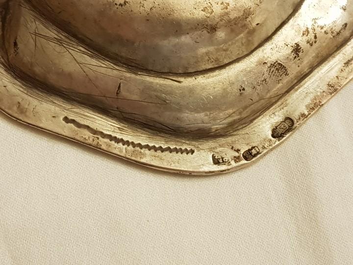 Antigüedades: Bandeja de plata. Punzonado Madrid-1779 - Foto 4 - 110499039
