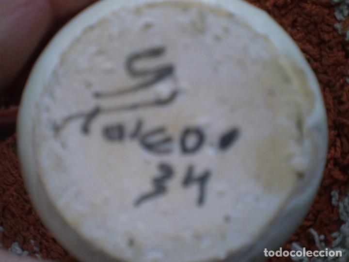 Antigüedades: PRECIOSO BOTIJO ANTIGUO CON FORMA DE GALLINA. FIRMADO Y FECHADO - Foto 2 - 110524343