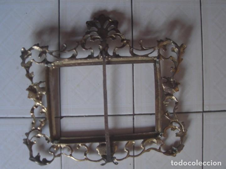 Antigüedades: Gran marco de sobremesa para foto de bronce. Periodo Belle Epoque (1871-1914) - Foto 6 - 110615171