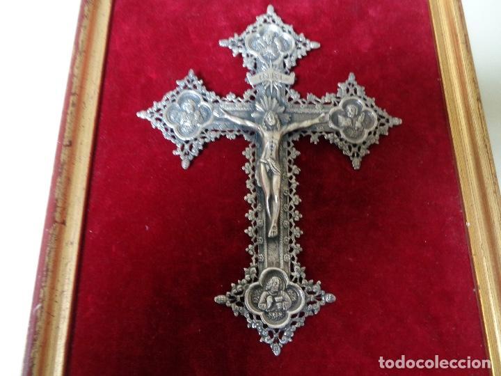 Antigüedades: cruz labrada en plata - Foto 2 - 110623711