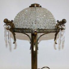 Antigüedades: BONITA LAMPARA EN BRONCE Y CRISTAL DE APROXIMADAMENTE LOS AÑOS 40. Lote 110624875