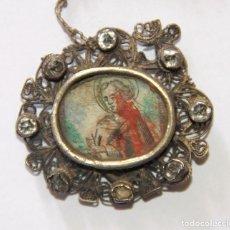 Antigüedades: MEDALLA DEVOCIONAL SAN ISIDRO LABRADOR. PLATA Y CRISTAL DE ROCA. ESPAÑA. S. XVIII. Lote 110631491